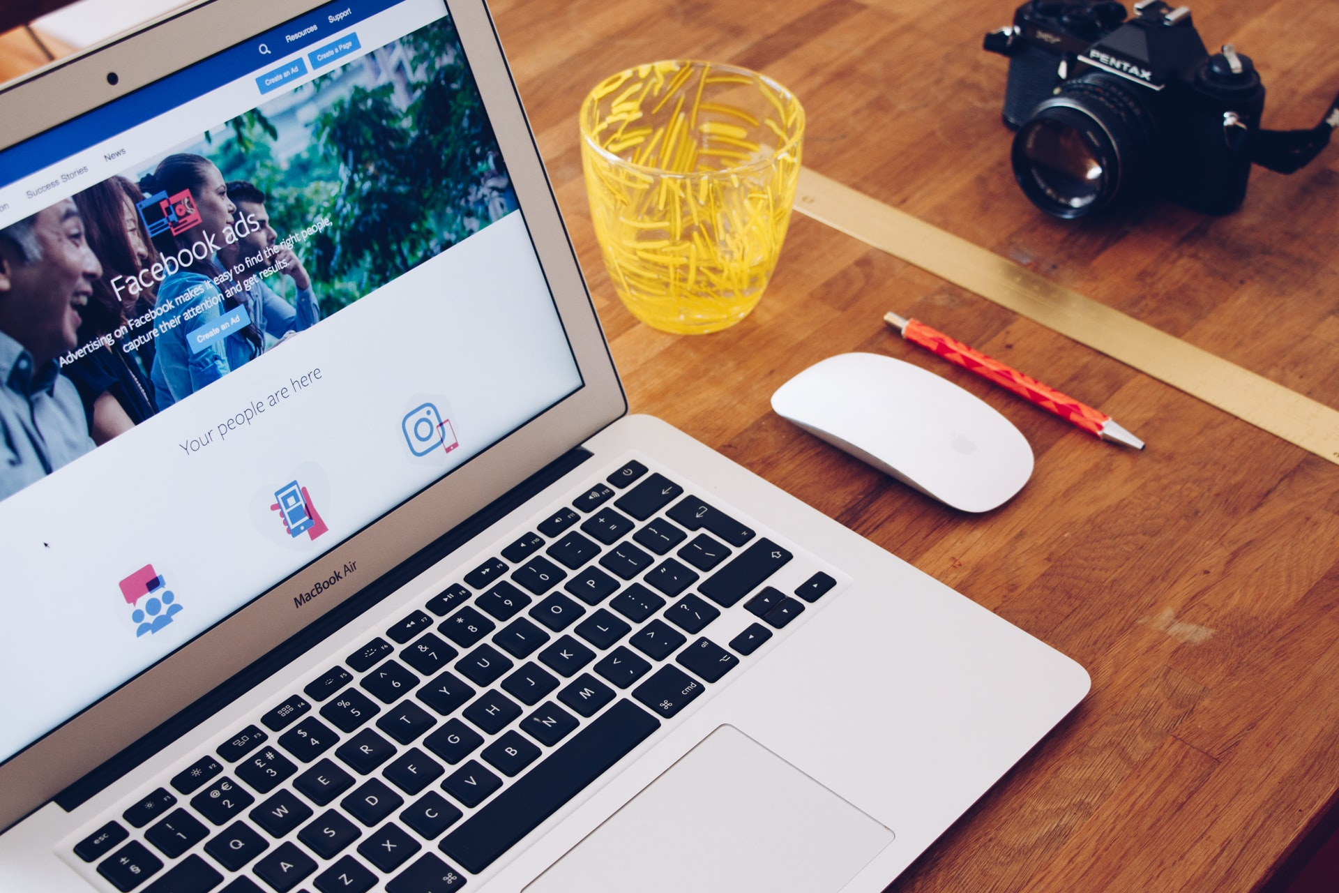 You are currently viewing How To Run Facebook Advertisement That Converts